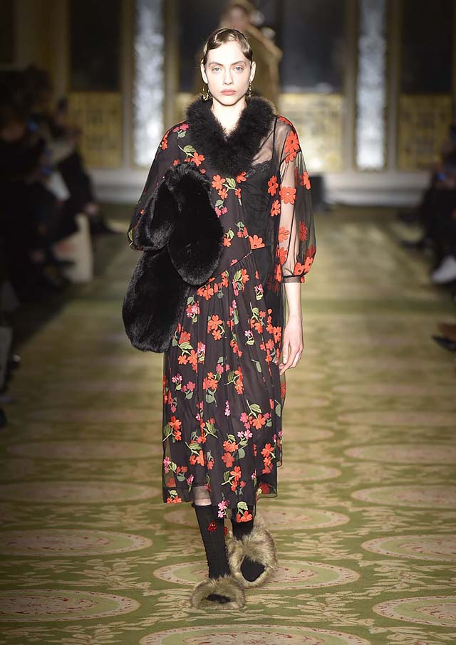 Simone-Rocha-fw17-rtw-fall-winter-2017-18-collection-33-red-printed-maxi-dress