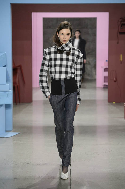 Tibi-fw17-rtw-fall-winter-2017-18-collection (21)-checkered-shirt-pant