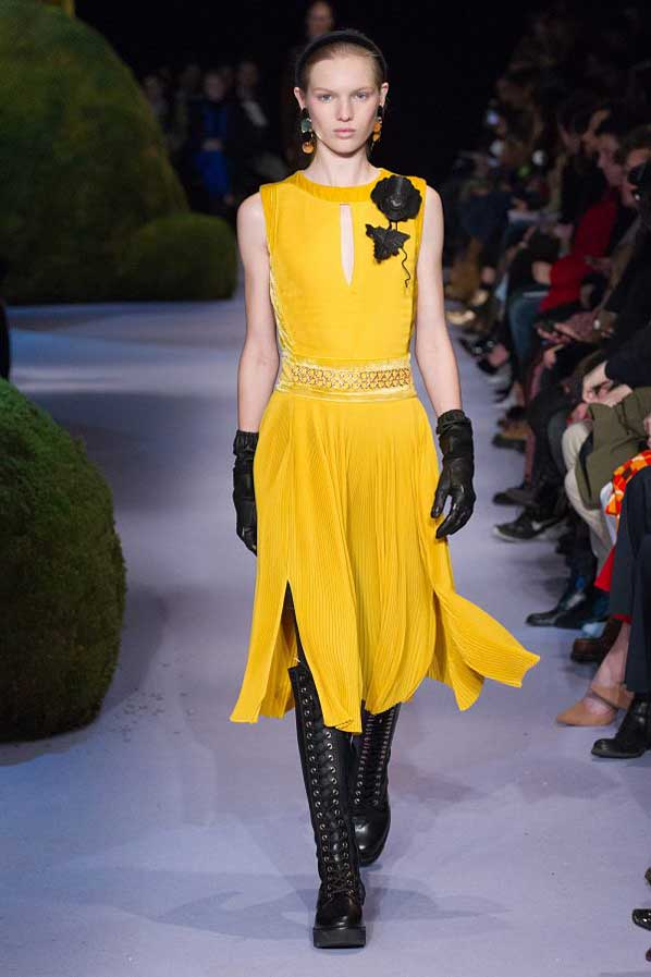 altuzarra-fw17-rtw-fall-winter-2017-18-collection (34)-yellow-dress