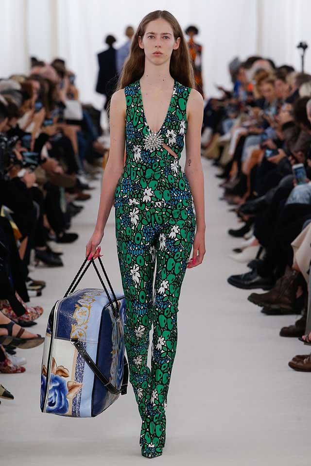 balenciaga-print-jumpsuit-latest-spring-summer-2017-fashion-trends-ss17-runway