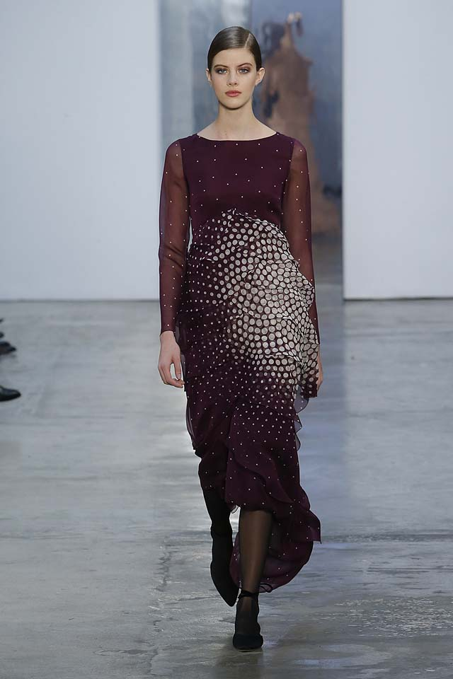 carolina-herrera-fw17-rtw-fall-winter-2017-18-collection (31)-wine-red-gown