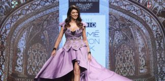 celebrities-lakme-fashion-week-2017-sushmita-sen