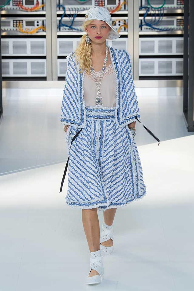 chanel-sky-blue-dress-skirt-jacket-latest-fashion-colors-2017-color-trends
