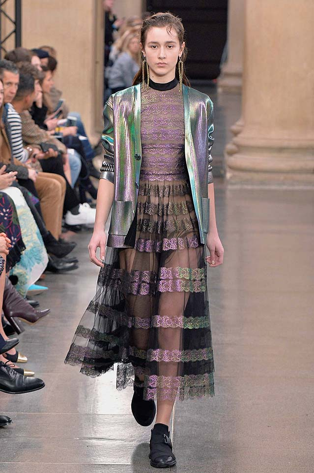 christopher-kane-fw17-rtw-fall-winter-2017-18-collection (32)-sheer-skirt-jacket-metallic