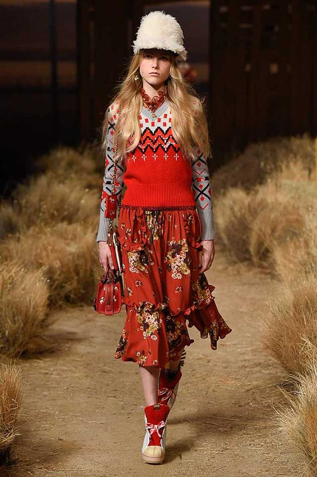 coach-fw17-rtw-fall-winter-2017-outfit-collection (20)-red-sweater-knit