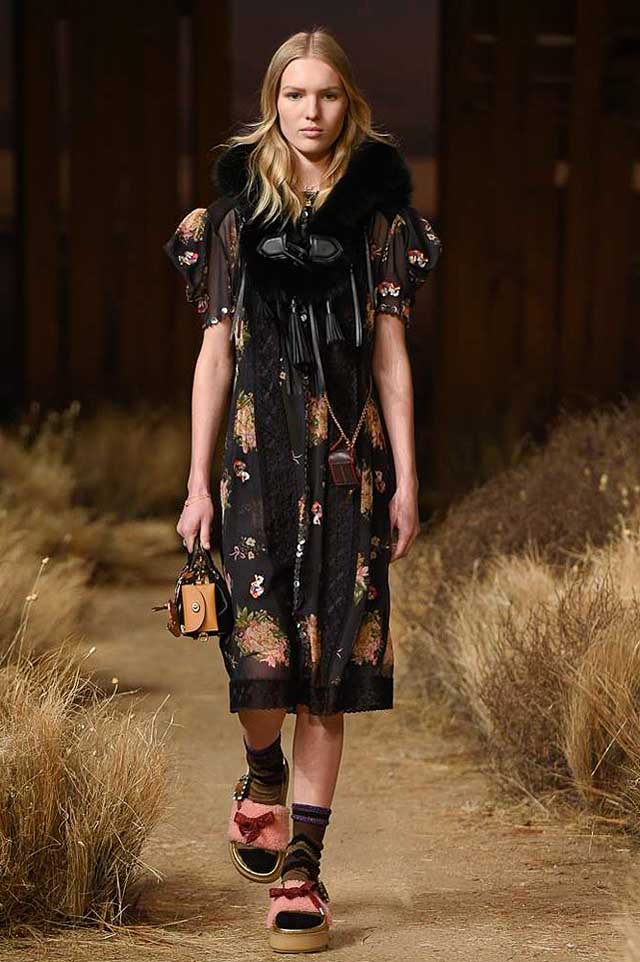 coach-fw17-rtw-fall-winter-2017-outfit-collection (27)-black-dress-floral-bow-slipper