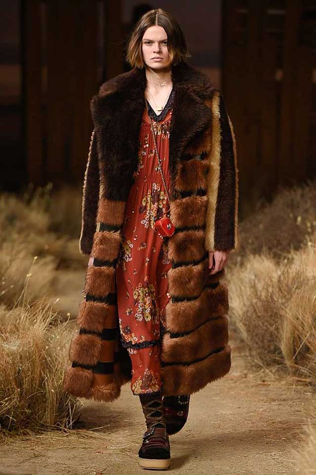 coach-fw17-rtw-fall-winter-2017-outfit-collection (33)-fur-striped-coat