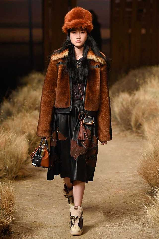 coach-fw17-rtw-fall-winter-2017-outfit-collection (35)-fur-jacket