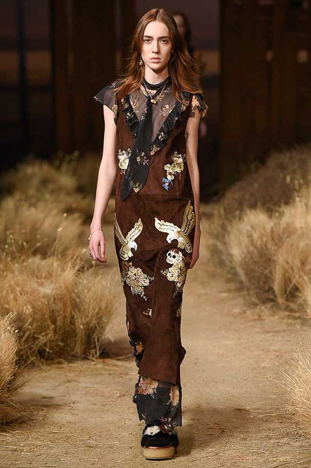 coach-fw17-rtw-fall-winter-2017-outfit-collection (41)-bird-motif-skirt-brown