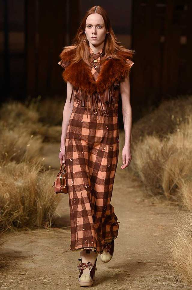 coach-fw17-rtw-fall-winter-2017-outfit-collection (6)-chocolate-brown-dress-fur-collar