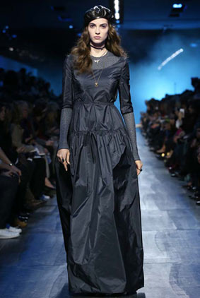 dior-fw17-rtw-fall-winter-2017-18-collection-68-all-black-outfit