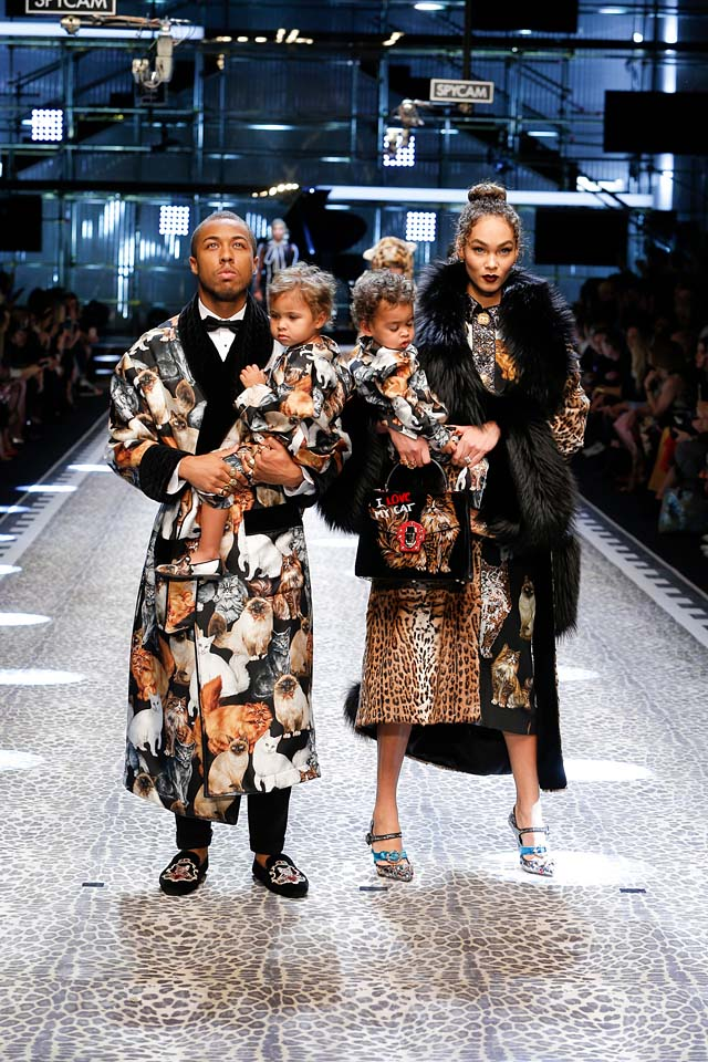 dolce-and-gabbana-fw17-rtw-fall-winter-2017-18-collection (1)-animal-prints-babies