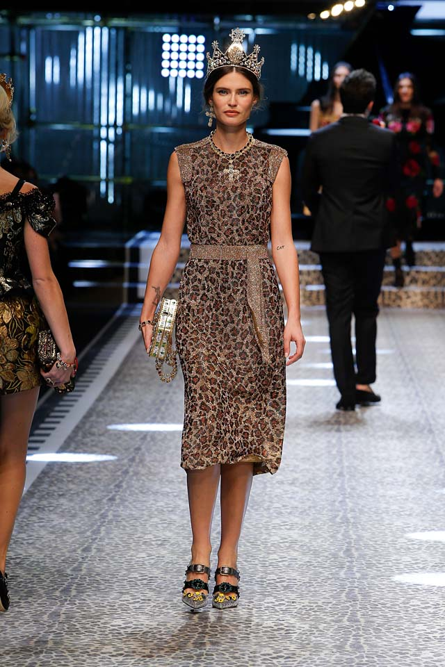 dolce-and-gabbana-fw17-rtw-fall-winter-2017-18-collection (117)-animal-print-dress