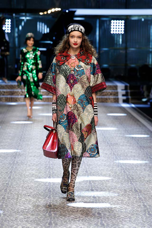dolce-and-gabbana-fw17-rtw-fall-winter-2017-18-collection (12)-multicolor-dress-headband