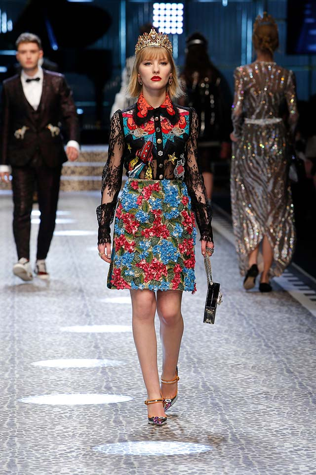 dolce-and-gabbana-fw17-rtw-fall-winter-2017-18-collection (58)-floral-skirt