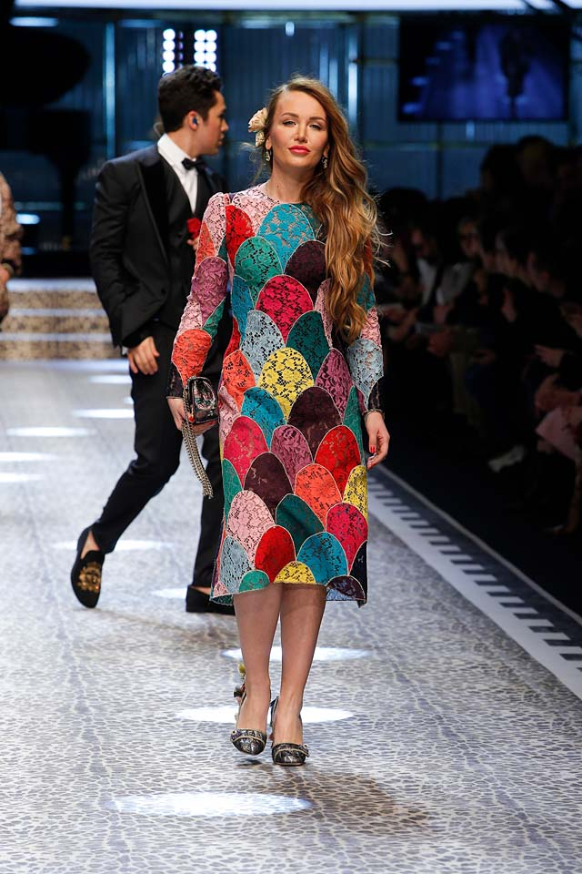 dolce-and-gabbana-fw17-rtw-fall-winter-2017-18-collection (61)-multicolor-dress