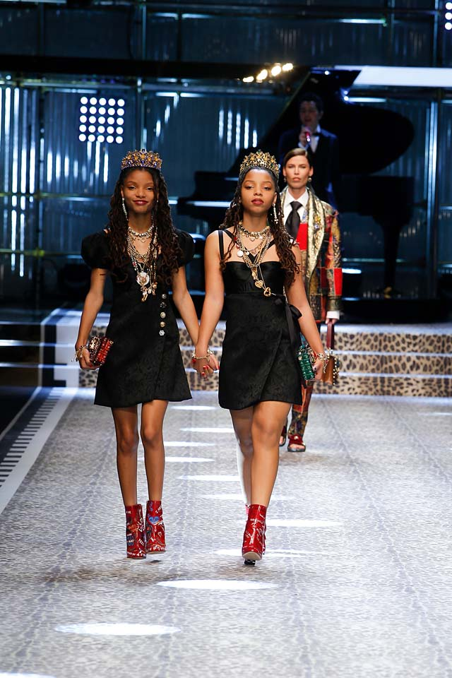 dolce-and-gabbana-fw17-rtw-fall-winter-2017-18-collection (74)-bailey-sisters-black-dress