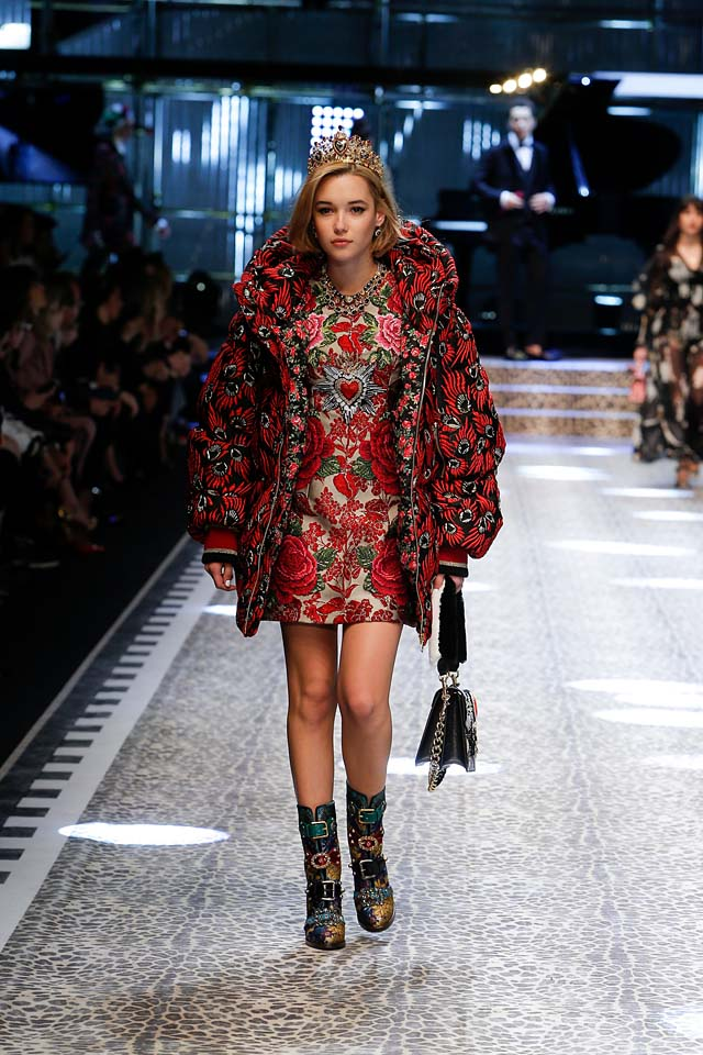 dolce-and-gabbana-fw17-rtw-fall-winter-2017-18-collection (94)-floral-dress-patterned-jacket