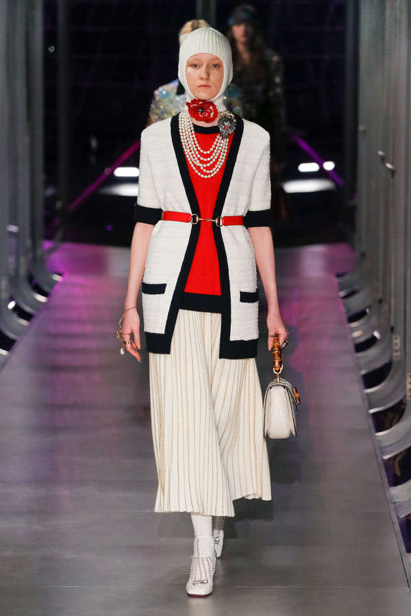 gucci-fw17-rtw-fall-winter-2017-2018-collection (1)-white-jewels