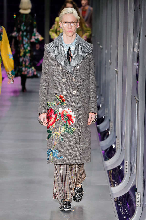 gucci-fw17-rtw-fall-winter-2017-2018-collection (9)-floral-dress