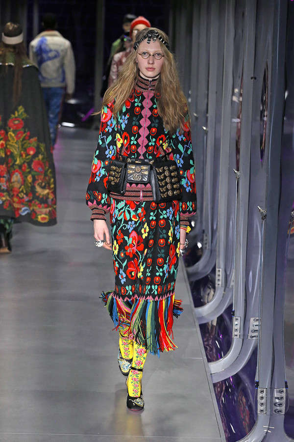 gucci-fw17-rtw-fall-winter-2017-2018-collection (102)-printed-fringes