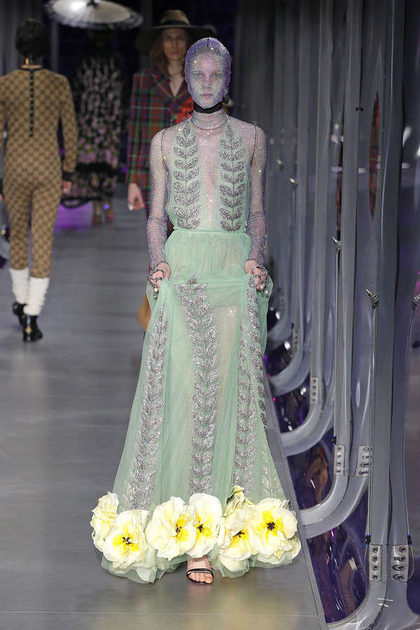 gucci-fw17-rtw-fall-winter-2017-2018-collection (110)-mesh-green-sheer-gown-applique