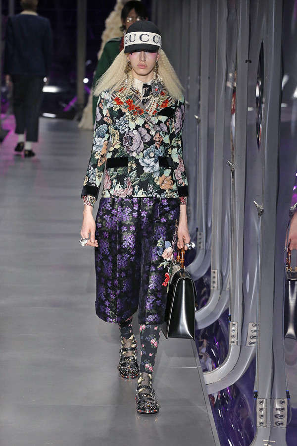 gucci-fw17-rtw-fall-winter-2017-2018-collection (115)-printed-suit-dress