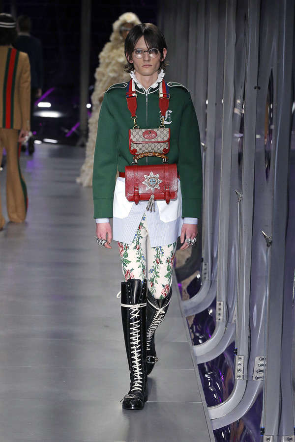 gucci-fw17-rtw-fall-winter-2017-2018-collection (116)-bag-man-purse