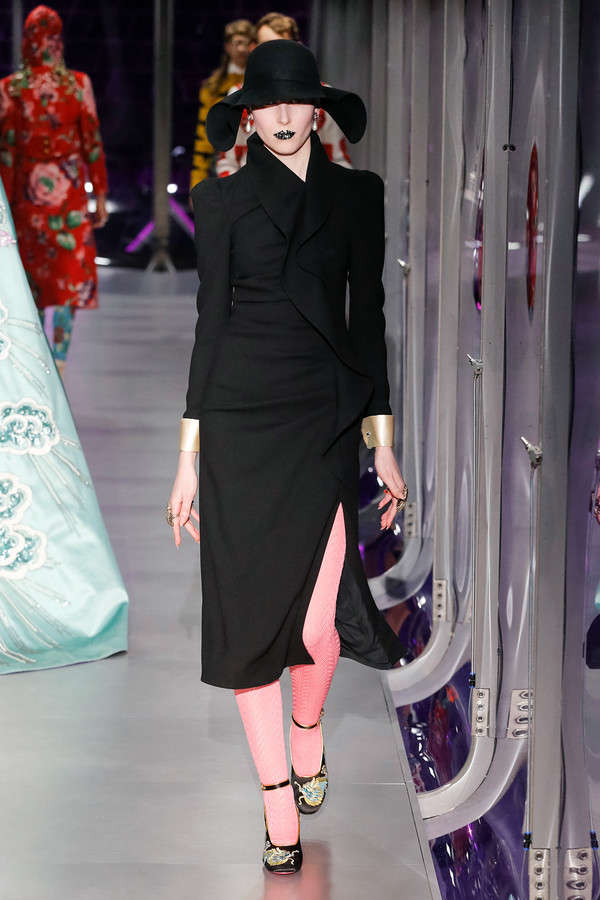 gucci-fw17-rtw-fall-winter-2017-2018-collection (28)-black-outfit