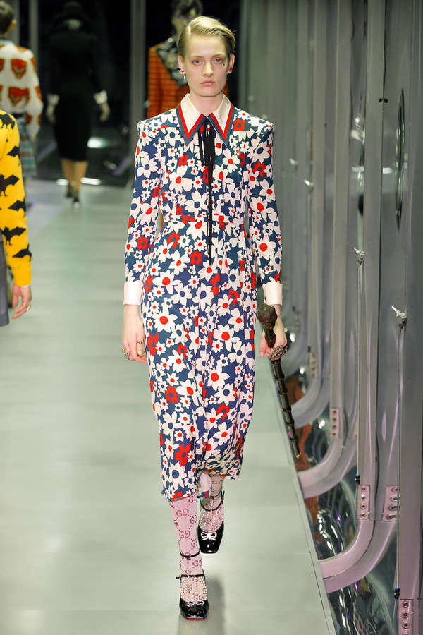 gucci-fw17-rtw-fall-winter-2017-2018-collection (31)-printed-floral-suit