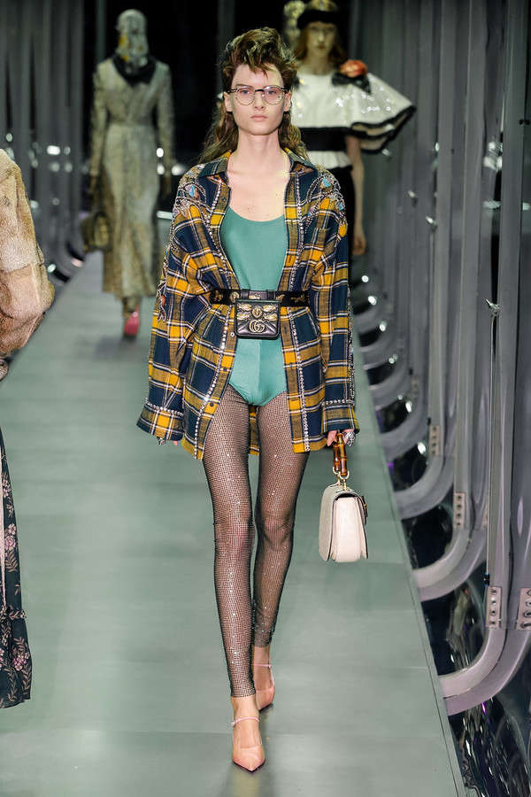 gucci-fw17-rtw-fall-winter-2017-2018-collection (35)-checkered-coat