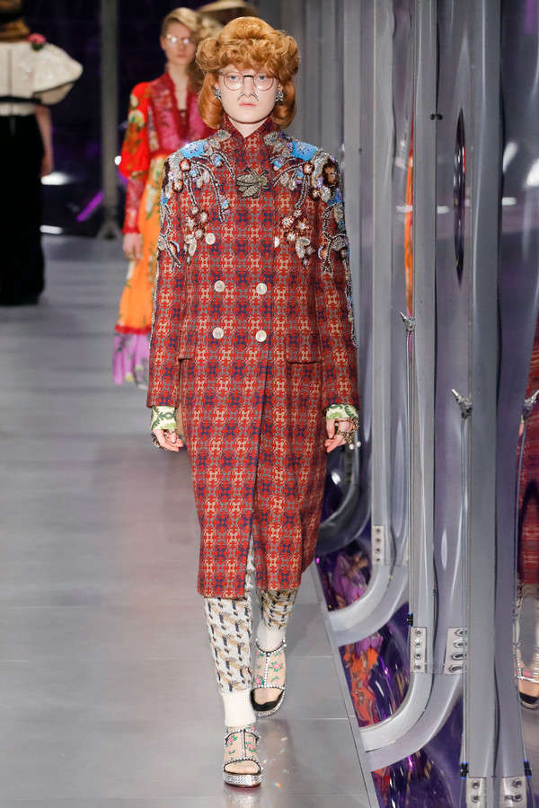 gucci-fw17-rtw-fall-winter-2017-2018-collection (39)-applique-suit