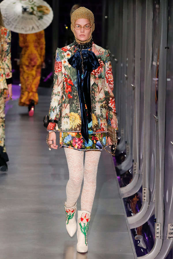 gucci-fw17-rtw-fall-winter-2017-2018-collection (7)-floral-coat
