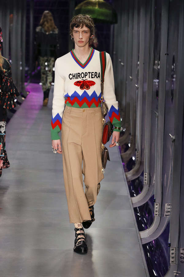 gucci-fw17-rtw-fall-winter-2017-2018-collection (73)-graphic-sweater