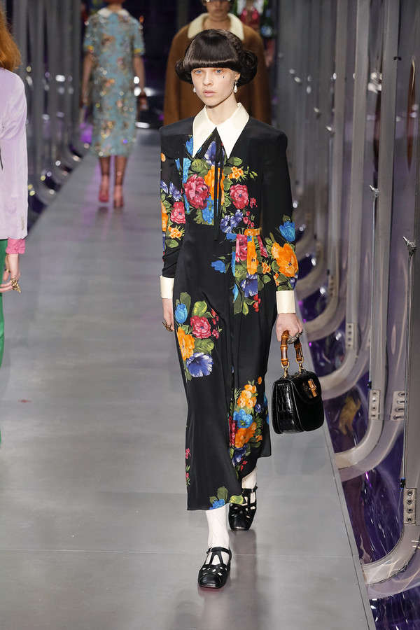 gucci-fw17-rtw-fall-winter-2017-2018-collection (80)-floral-print-dress