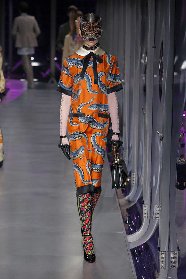 gucci-fw17-rtw-fall-winter-2017-2018-collection (90)-printed-dress