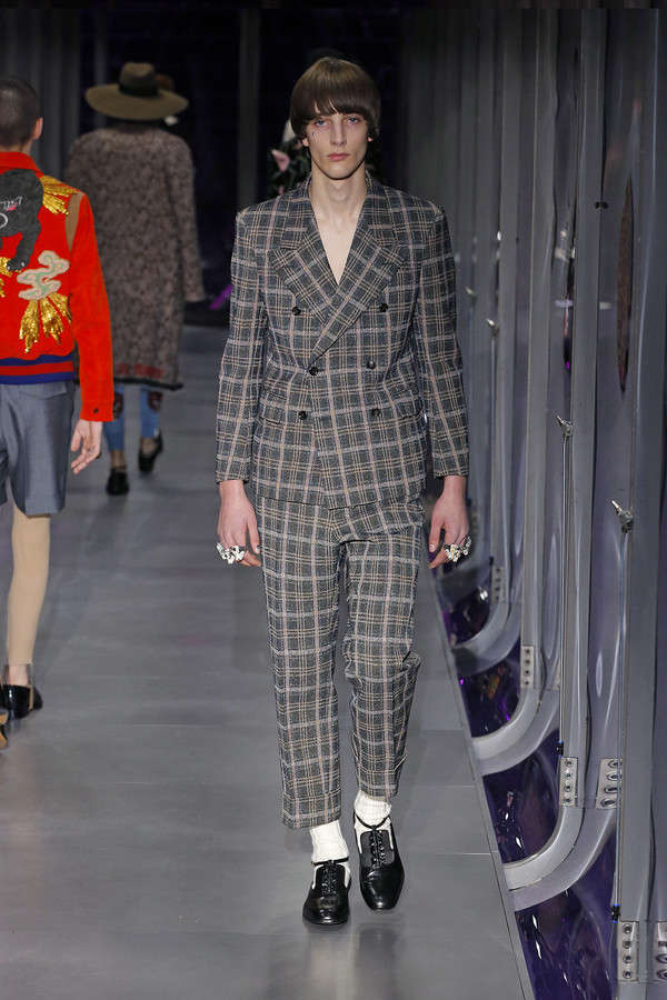 gucci-fw17-rtw-fall-winter-2017-2018-collection (95)-checkered-suit