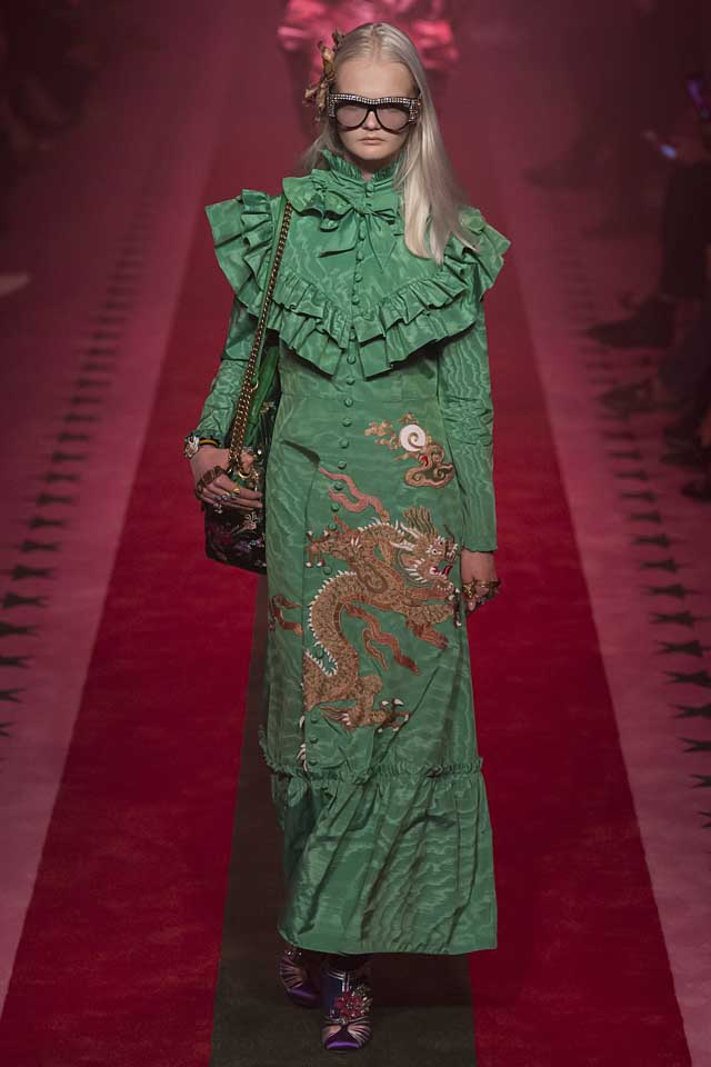 gucci-green-dres-dragon-latest-fashion-colors-2017-color-trends-style