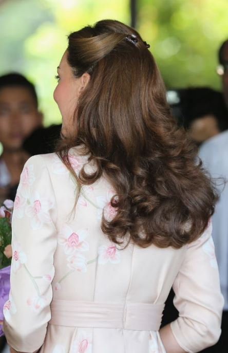 kate-middleton-hair-claws-cute-elegant-party-hairstyles