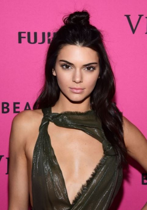 kendall-jenner-casual-street-style-celeb-cool-party-hairstyles