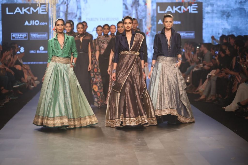 lakme-fashion-week-2017-casual-ehitnic-tarun-tahiliani-fashion-designer
