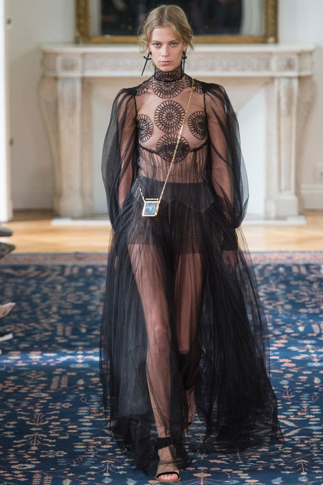 latest-gown-trends-valentino-sheer-gowns-spring-summer-2017-collection