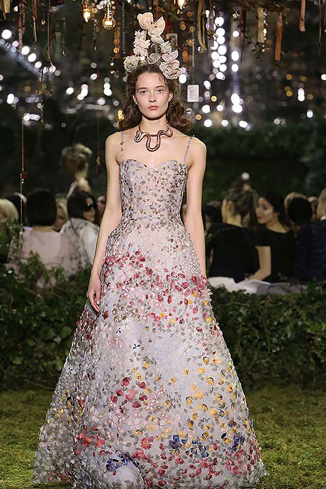 latest-trends-in-gowns-spring-summer-2017=couture-collection-applique