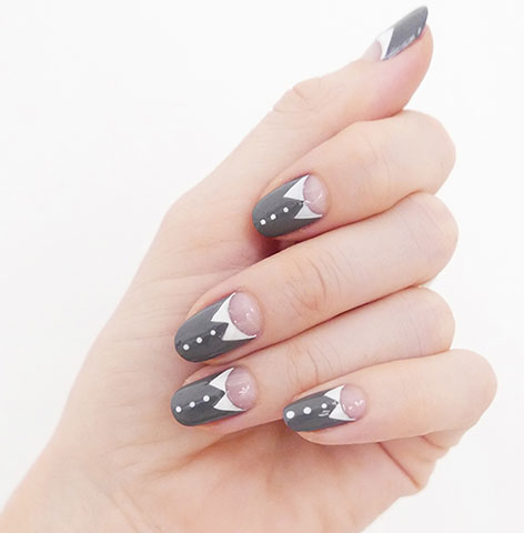 latest-trends-in-nail-designs-art-sally-hansen-grey-white-unique