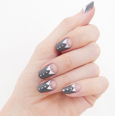 latest-trends-in-nail-designs-art-sally-hansen-grey-white-unique