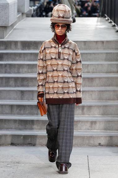 marc-jacobs-fw17-fall-winter-2017-18-outfit-collection (24)-wool-sweater-checkered-pant