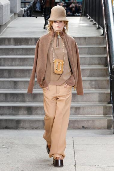 marc-jacobs-fw17-fall-winter-2017-18-outfit-collection (28)-pants-hat-sweater
