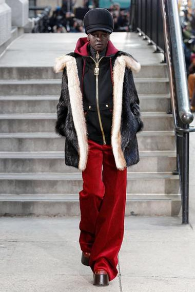 marc-jacobs-fw17-fall-winter-2017-18-outfit-collection (42)-velvet-pant-coat