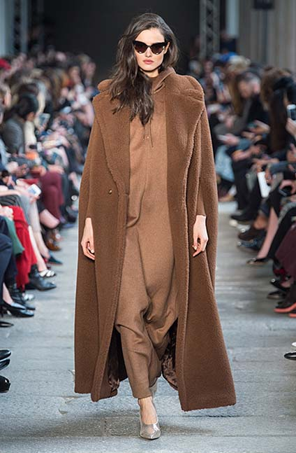 max-mara-fw17-rtw-fall-winter-2017-18-collection (10)-brown-coat-sunglasses
