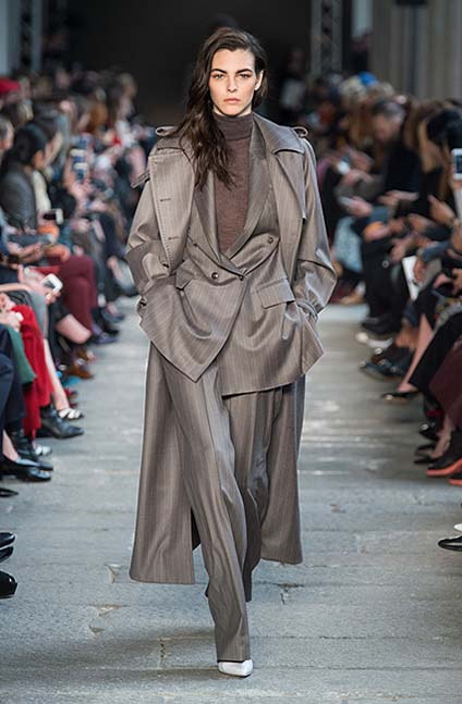 max-mara-fw17-rtw-fall-winter-2017-18-collection (14)-grey-suit